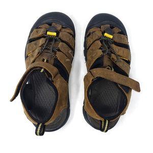 Keen | Brown Hiking Outdoor Boys Velcro Sandals